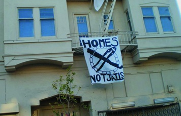 Homes Not Jails occupied this vacant building in San Francisco owned by Kaiser Permanente, demanding it be used to house the homeless. Photo by Carol Harvey