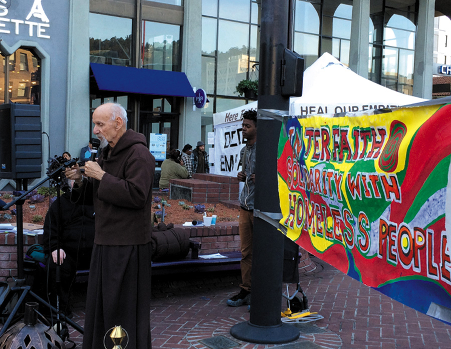 Franciscan friar Louie Vitale confronts Berkeley's anti-homeless laws and speaks out for the rights of the poor. Alex Madonik photo