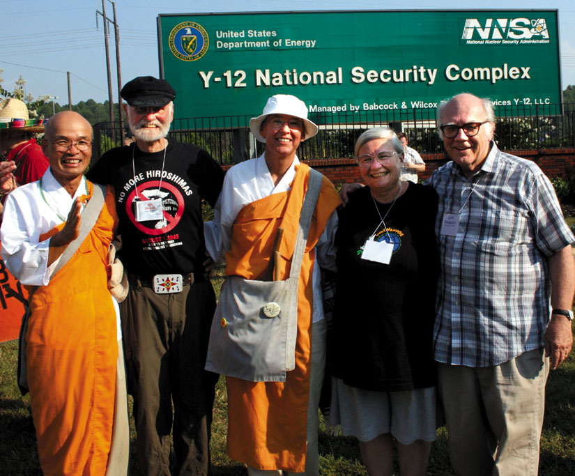 Ground Zero organized faith-based resistance to a national-security state based on nuclear weapons. From left to right, Utsumi Shoenin, Jesuit Father Bill Bichsel, Sr. Denise, Shelley Douglass, Jim Douglass. Photo credit: Ground Zero Center